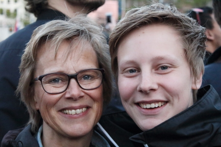 Lieke, 19, student at Utrecht and her mother, Dorothy, 51